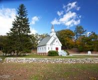 De witte kerk van New England stock afbeeldingen