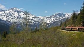De witte Spoorweg van de Pas & van de Route Yukon stock foto's