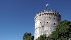 De Witte Toren in Thessaloniki stock footage