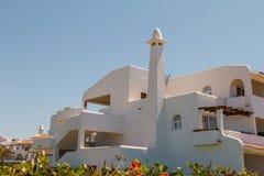 De witte traditionele bouw in Marokko Royalty-vrije Stock Foto