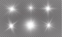 De witte vonken schitteren speciaal lichteffect Vectorfonkelingen op transparante achtergrond Kerstmis abstract patroon Royalty-vrije Illustratie