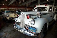 De witte Ziekenwagen van Packard van 1942 Stock Foto