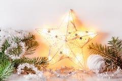 De witte zilveren decoratie van de Kerstmisgift Royalty-vrije Stock Foto