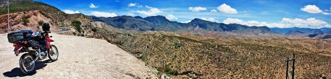 De Woestijn van de motorfiets royalty-vrije stock afbeeldingen