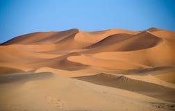 De woestijn van de Sahara in Marokko Stock Afbeeldingen