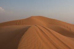 De woestijn van de Verenigde Arabische Emiraten (ONEFFENHEID al-Khali) Stock Foto's
