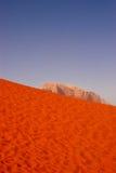De woestijn van de wadirum met rots, Jordanië Royalty-vrije Stock Afbeelding