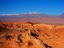 De woestijnpanorama Chili San Pedro de Atacama van bergheuvels Stock Afbeeldingen