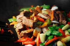 De wok beweegt Gebraden gerecht Stock Fotografie