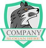 De wolf van het voorraadembleem op schild Stock Fotografie