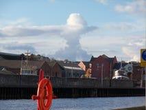 De wolk bij de kade van Exeter Stock Afbeeldingen
