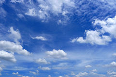 De wolk van Nice en blauwe hemel Royalty-vrije Stock Fotografie