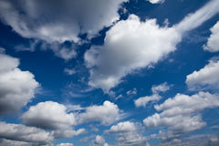 De wolken in de hemel Royalty-vrije Stock Afbeeldingen