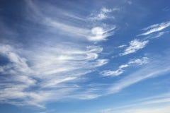De wolken van de cirrus. Stock Afbeeldingen