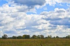 De wolken van de herfst Stock Fotografie