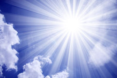De Wolken van de Zon van de hemel stock illustratie