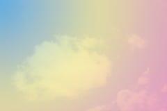 De wolkenachtergrond van de pastelkleurregenboog Royalty-vrije Stock Afbeelding