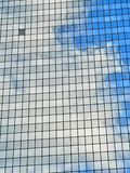De wolkenbezinningen van Skycraper Royalty-vrije Stock Fotografie