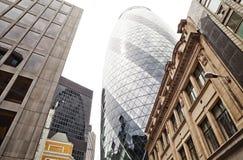 De wolkenkrabber van Mary Axe, Londen, het UK Stock Afbeeldingen