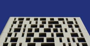 De wolkenkrabber van vensters Stock Afbeelding