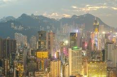 De wolkenkrabbers en andere gebouwen op Hong Kong Island in Hong Kong, China, bekeken van de Braemar-Heuvel Stock Afbeelding