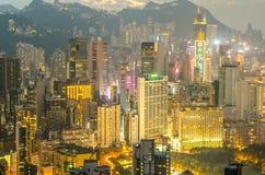 De wolkenkrabbers en andere gebouwen op Hong Kong Island in Hong Kong, China, bekeken van de Braemar-Heuvel Royalty-vrije Stock Foto