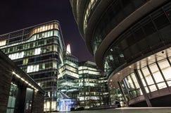 De wolkenkrabbers en het stadhuis van Londen Royalty-vrije Stock Afbeeldingen