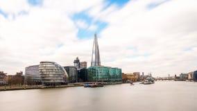De wolkenkrabbers en het stadhuis van Londen Royalty-vrije Stock Foto's