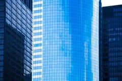 De wolkenkrabbers New York van de Lower Manhattanspiegel royalty-vrije stock foto