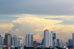 De wolkenkrabbers van Bangkok Stock Afbeelding