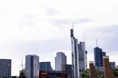 De wolkenkrabbers van Frankfurt genoemd Mainhattan royalty-vrije stock foto