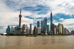 De wolkenkrabbers van Shanghai Lujiazui CBD Stock Afbeeldingen