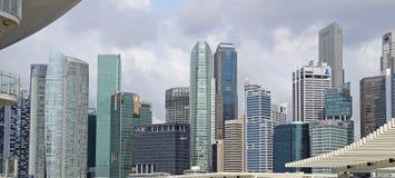 De Wolkenkrabbers van Singapore Stock Afbeeldingen