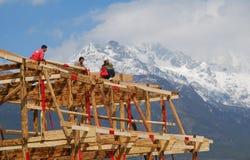 De woningen van Naxi in zuidwestenChina stock foto's