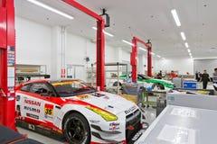De Workshop van de Nismoraceauto Stock Afbeeldingen