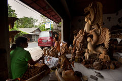 De workshop van Woodcarver over Bali Royalty-vrije Stock Foto