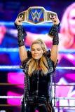 De worstelaar Natalya in actie bij WWE Levend in Palau Sant Jordi stock fotografie