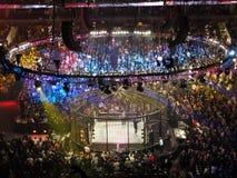 De worstelaars vechten op hoogste spanschroef tijdens gelijke Royalty-vrije Stock Foto's