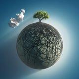De wortels die van de boom de planeet behandelen Royalty-vrije Stock Foto