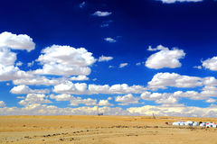 De Yadan landformsna och ökenlandskapet i tibetan platå Arkivbilder