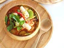 De yam kong soep van Tom op wihte achtergrond Thais voedsel - beweeg gebraden gerecht #6 Stock Foto's