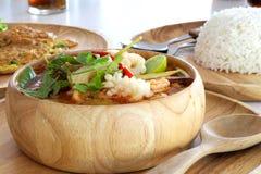 De yam kong soep van Tom op wihte achtergrond Thais voedsel - beweeg gebraden gerecht #6 Royalty-vrije Stock Fotografie