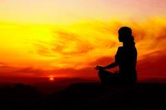 De Yoga van de zonsopgang Stock Foto's