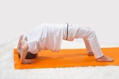 De yoga van kinderen. Royalty-vrije Stock Afbeelding