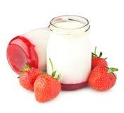 De yoghurt van de bes stock afbeelding