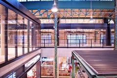 De zaal van de 'Koszyki'markt Stock Foto's
