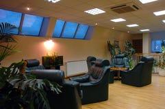 De zaal van de rust met installaties Royalty-vrije Stock Foto