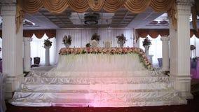 De zaal van het huwelijksbanket stock video