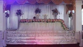De zaal van het huwelijksbanket stock videobeelden
