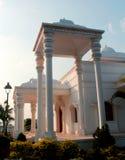 De zaal van TheKarikalacholan Manimandapam- in Grote Kallanai wordt gesitueerd die royalty-vrije stock afbeelding